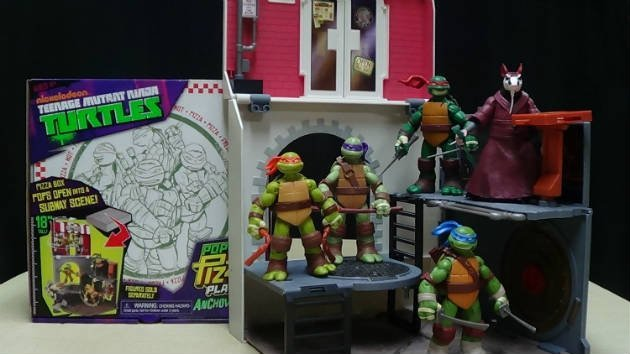 Teenage Mutant Ninja Turtles Pop Up Pizza Anchovy Alley Playset