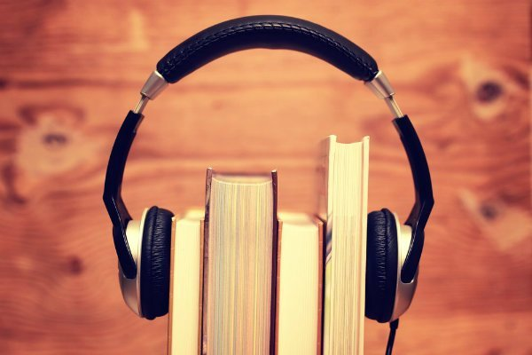 how to play audiobooks on android