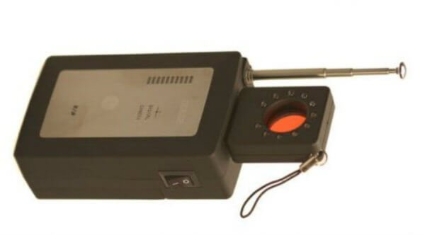 The Top 6 Best Hidden Camera Detector Reviews - Dissection Table